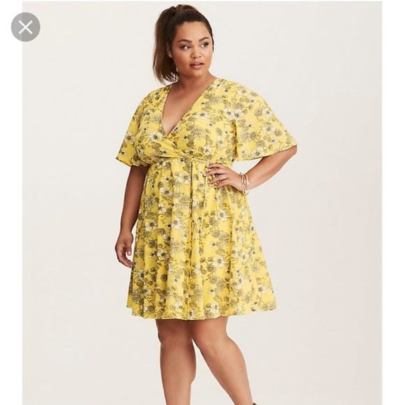torrid Dresses & Skirts - Floral print georgette wrap dress